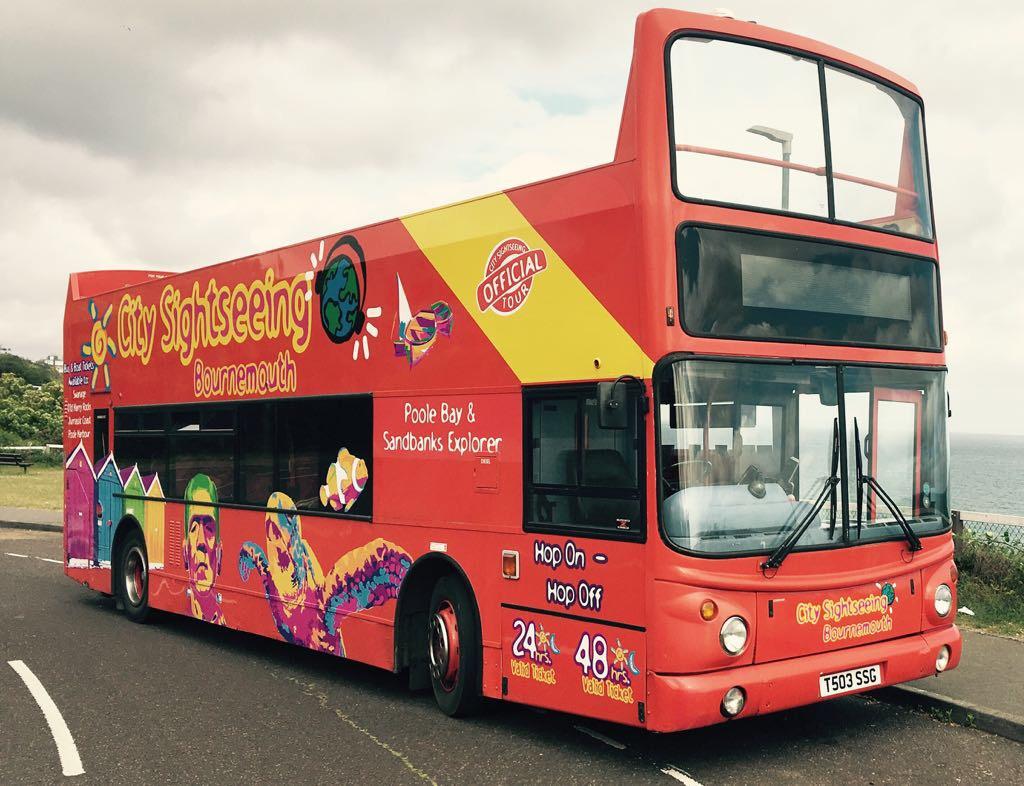 Wynajem autobusu w stylu UK